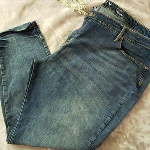 Ava Viv skinny jeans. Plus size 26